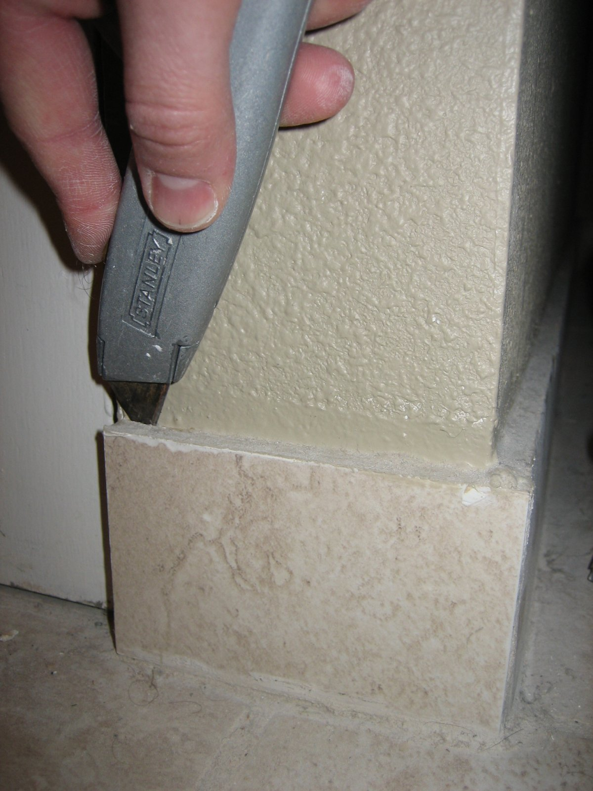 Removing Ceramic Tiles Without Breaking Them