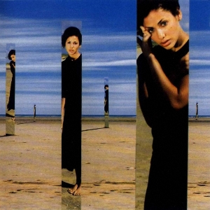 Imbruglia - [90's] Natalie Imbruglia - Torn (1997) Natalie%20Imbruglia%20-%20Left%20of%20the%20Middle