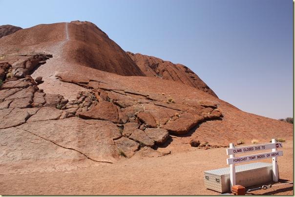 Australie2008_ 685_Red Center_Uluru