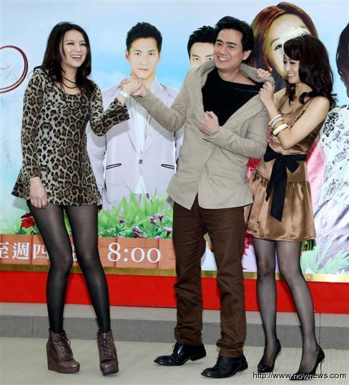 台湾女人花首映 众明星性感出席首映式 多图