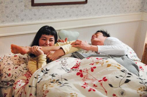 爆陈怡蓉和杨祐宁床戏真枪实弹 ,台湾热播偶像剧 向前走向爱走 收视率创新高