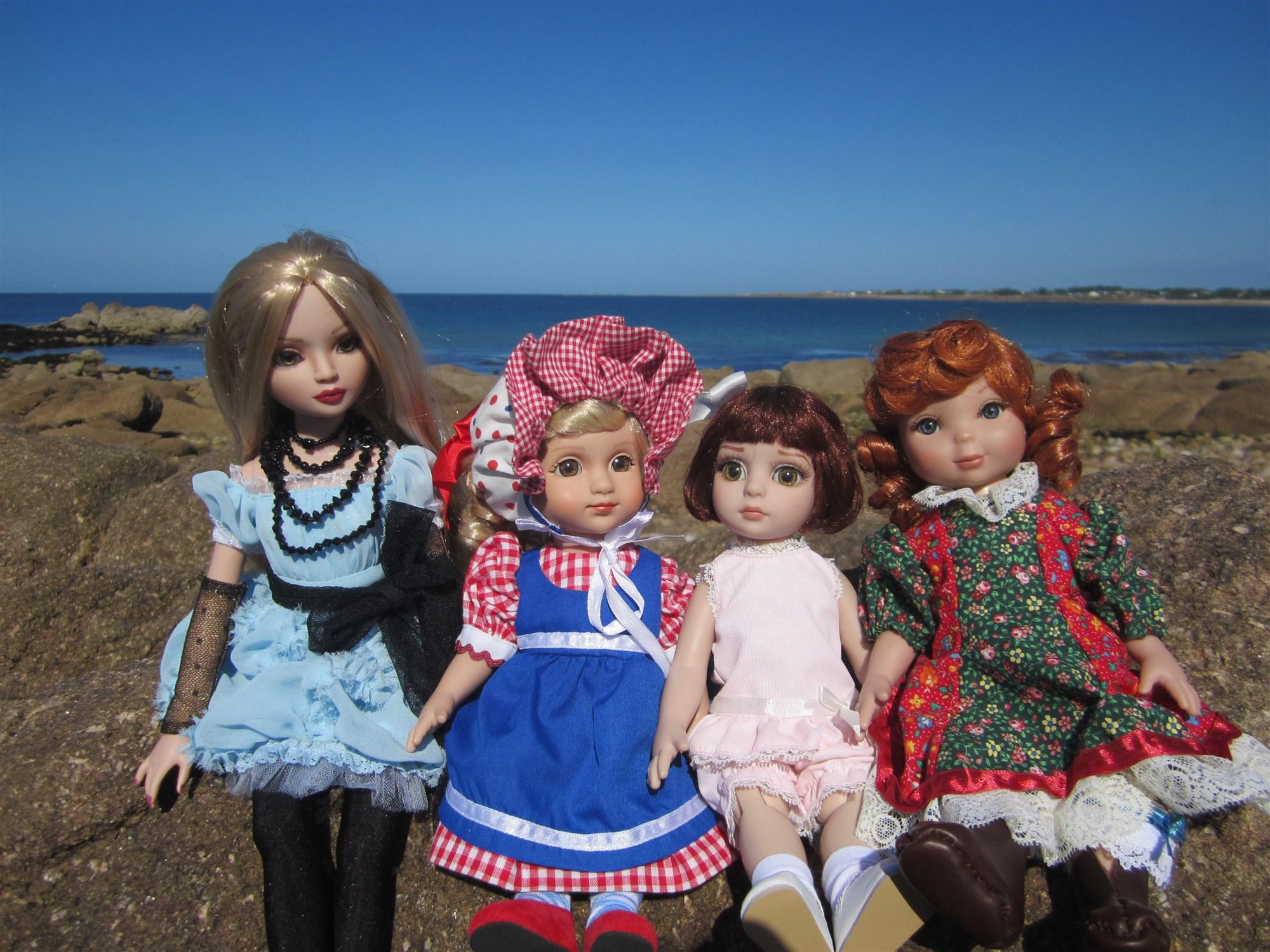 THEME DE JUILLET AOUT 2013 : ELLO et ses amies en vacances  IMG_1918