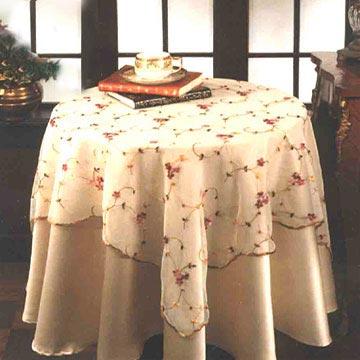 طريقة تعليم التطريز بالنواعه بالصور،تطريز Embroidered_Table_Cl