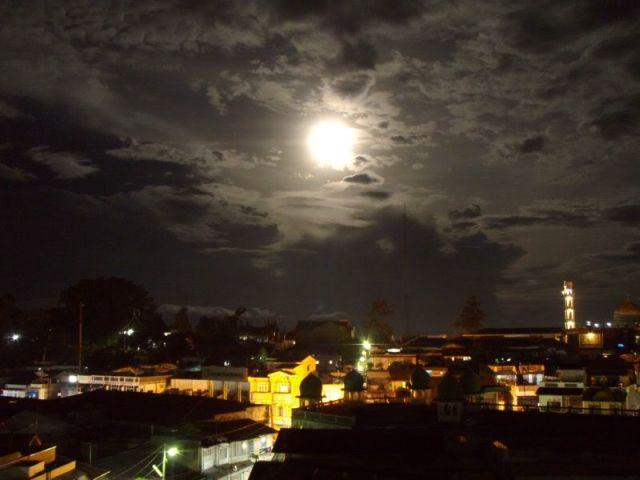 Full moon over Bukitinggi