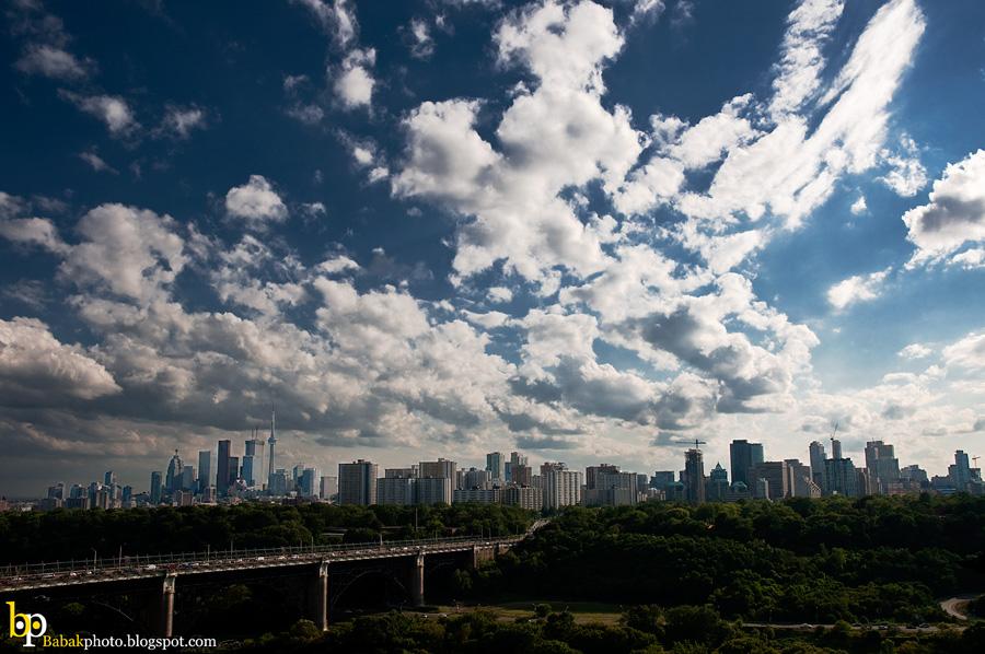 Toronto Sky, Nikon D300, Nikkor18-70@22mm, F8, 1/800s, Iso200