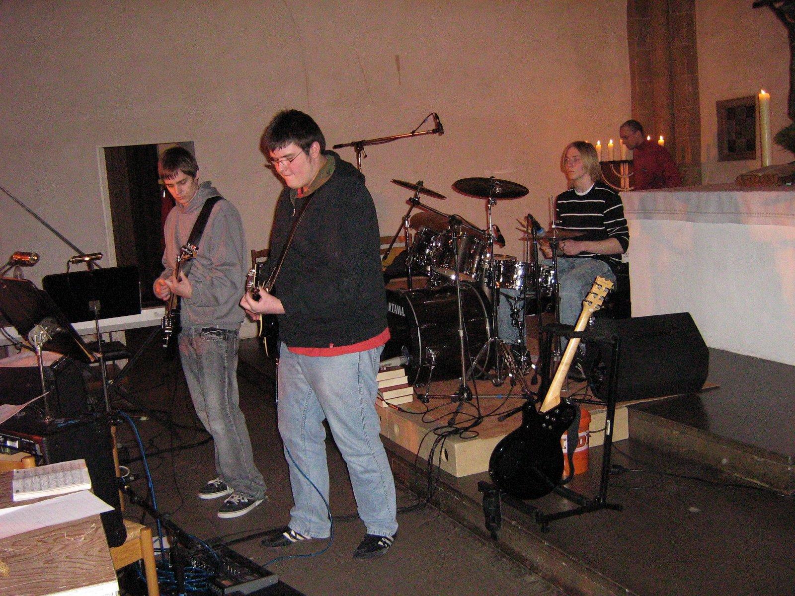 Drummer und Gitarristen der Footprints (Anderer Gottesdienst 13,01,08)