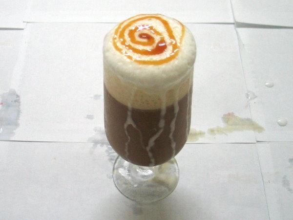 焦糖冰咖啡