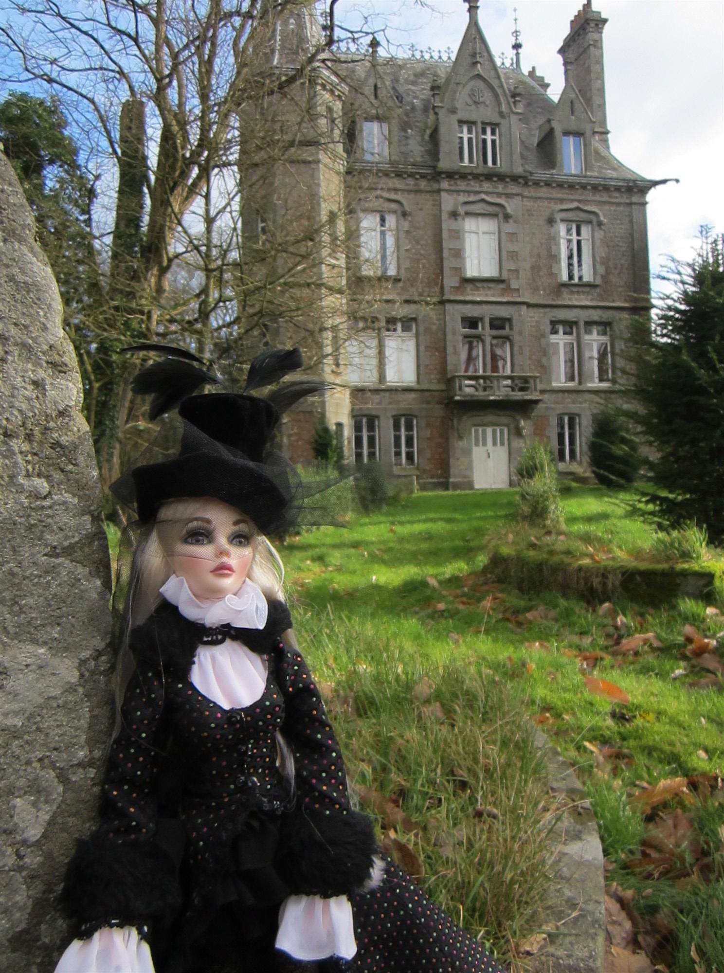 Eléanore de Saint-Chardon, l'Evangeline Graveside Flowers d'Idriss - Page 2 2013-01%20El%C3%A9anore%2061