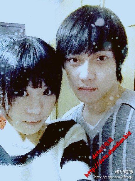 雪妍和男朋友efeng合体照